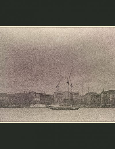 Title: London/Thames #1 Material : Archival Giclee Edition: limited 10 Dimensions : TBD